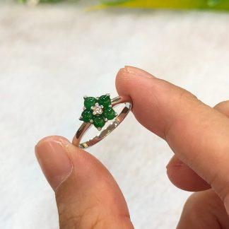 green jade cabochon ring