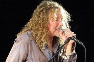 Robert Plant Mighty Queen