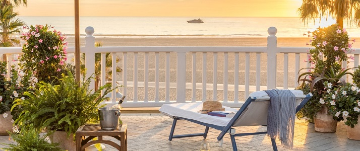 shutters on the beach welcomes two dogs up to 25 lbs for an additional fee of $125 per stay. Shutters On The Beach Santa Monica California Classic Travel