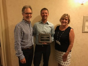 Will Parish (Ten Strands President) and Anne Stephens (CEEF Board member) presented the CEEF Excellence in EE Award to Rob Wade at the State Science Communities of Practice meeting in Rancho Cordova.