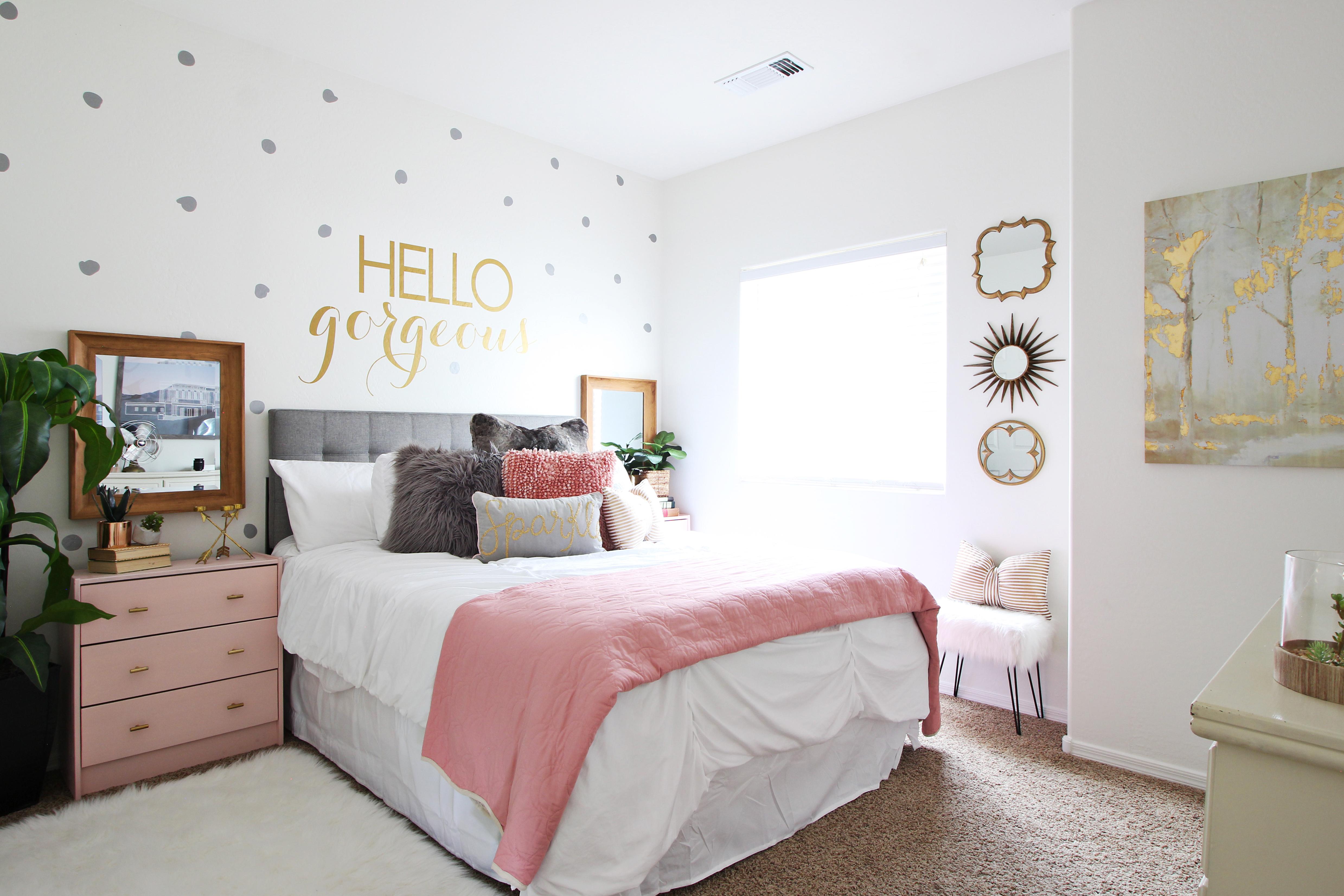 Surprise Teen Girl's Bedroom Makeover - Classy Clutter on Teen Rooms Girl  id=55428