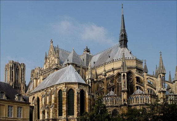 chevet-de-la-cathedrale-de-reims