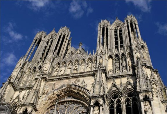 facade-cathedrale-de-reims