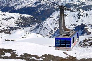 Téléphérique de La Grande Motte, en bas, Tignes le Lac