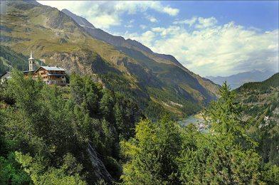 Les Brévières, vues du barrage de Tignes