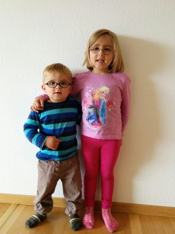 Laura Maria mit Bruder Lucas David