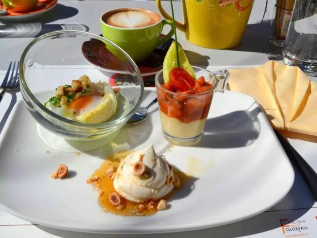 Ei im Glas; meine Salzburger Frühstückskaffeehäuser; Café Glüxfall