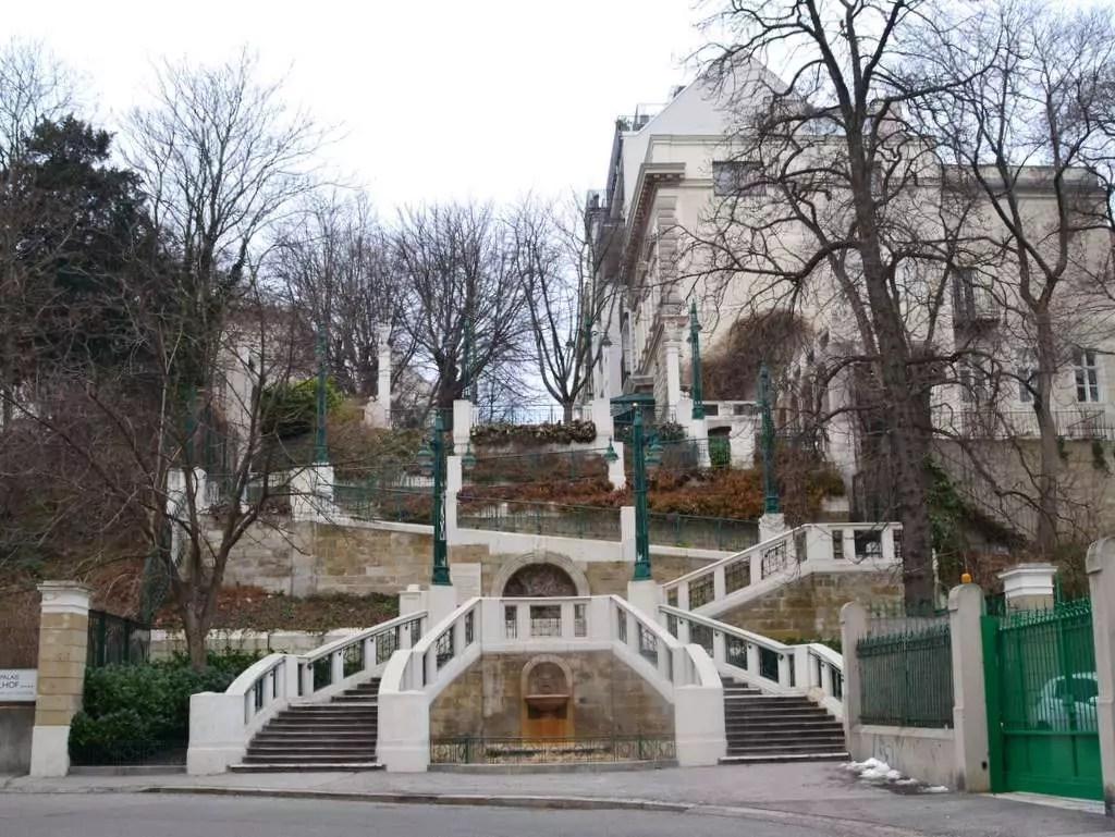 Servitenviertel Wien, Strudelhofsteige