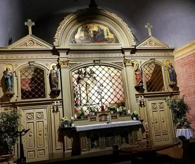Altar mit schwarzer Madonna