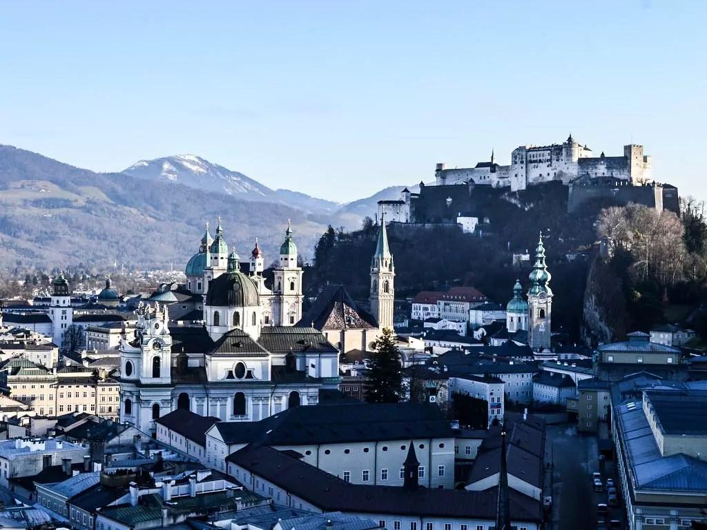 Salzburger Altstadt vom Mönchsberg aus