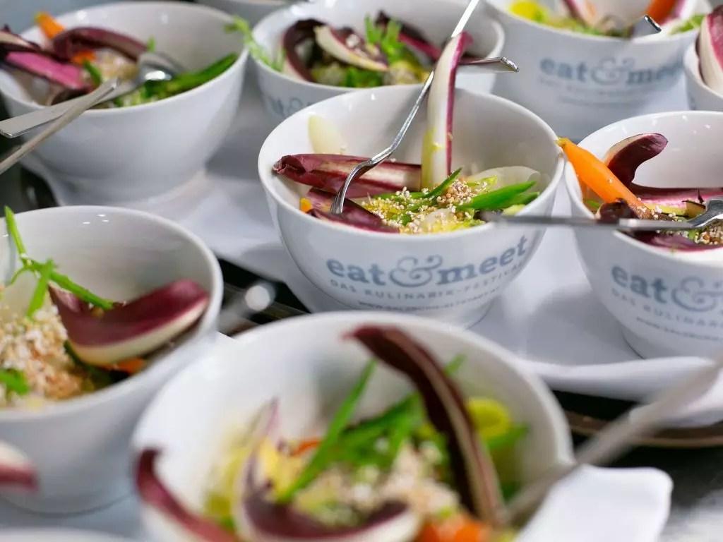 Bowls mit gemüse eat&meet19
