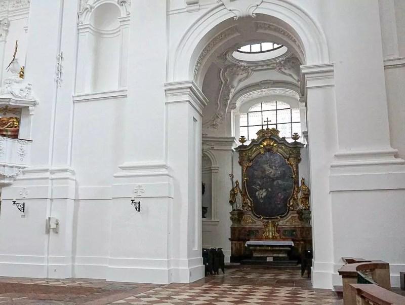 Seitenaltar Kollegienkirche