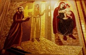 Cleonice Morcaldi tra San Pio e La Madre di Dio con Gesù bambino