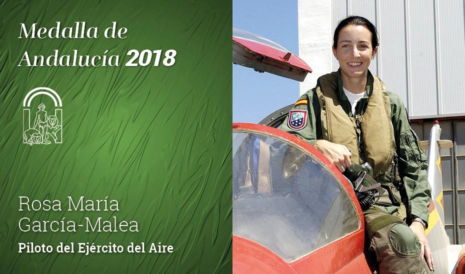 Rosa María García-Malea López, piloto del Ejército del Aire, recibe la Medalla de Andalucía 2018 - Foto: Junta de Andalucía