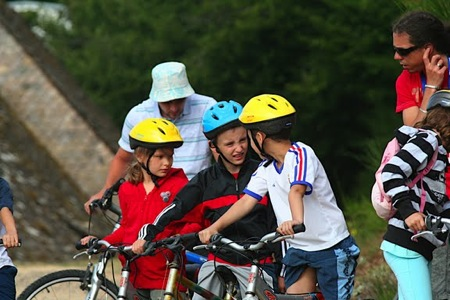 Les enfants équipés pour tous les chemins !