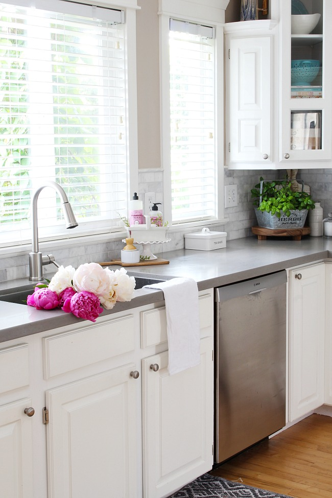 summer kitchen decorating ideas and