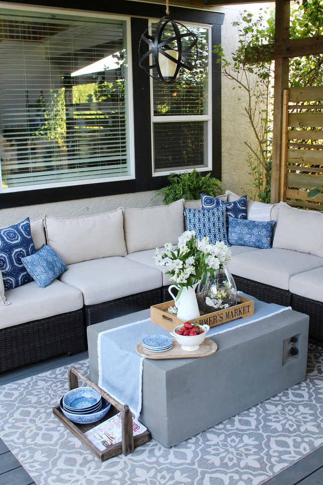 Outdoor Living - Summer Patio Decorating Ideas - Clean and ... on Backyard Patio Decorating Ideas id=86025