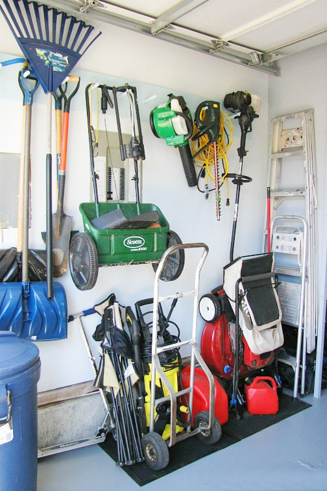 Garage Organization and Cleaning {July HOD} - Clean and ... on Organized Garage  id=25098