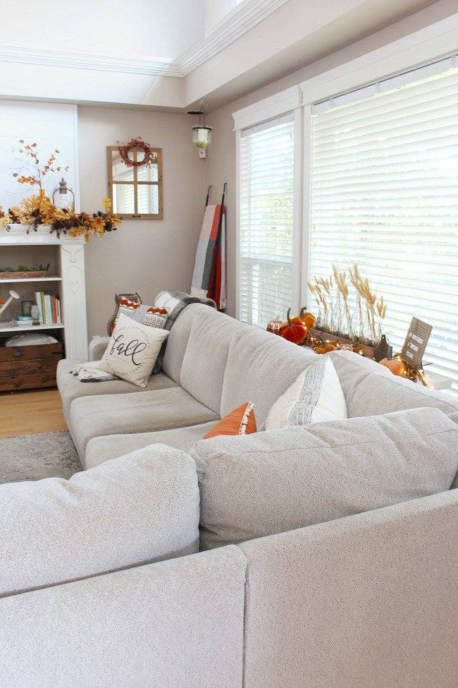 """Fall Living Room Decor - Clean and Scentsible on """"Room Decor""""  id=31916"""
