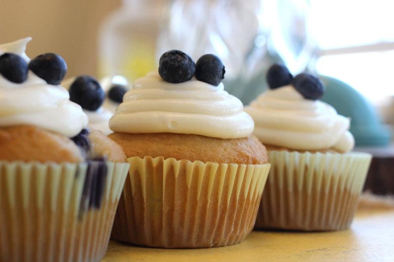 Gluten Free Blueberry Vanilla Cupcakes