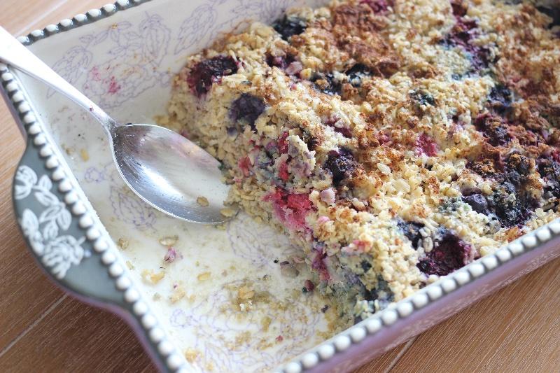 triple berry baked oatmeal
