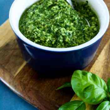 Clean Eating Spinach and basil pesto-8