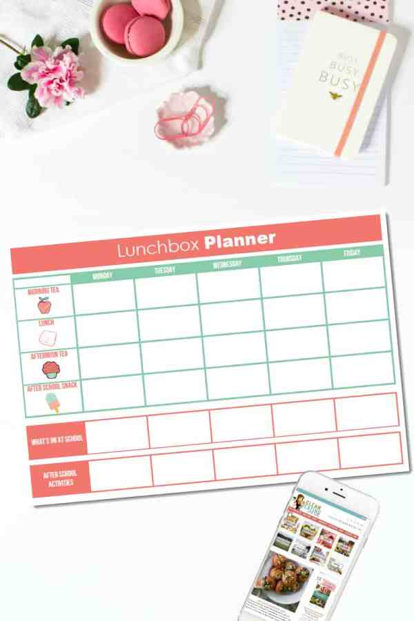 Welcome to DAY 3 of the 21 Day Free Printables Series! If you've got kids at school, then you are going to love today's free printable: My Lunchbox Planner.