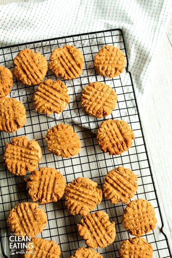 clean eating peanut butter biscuits - healthy afternoon snack