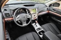 Subaru,Outlook,interior,