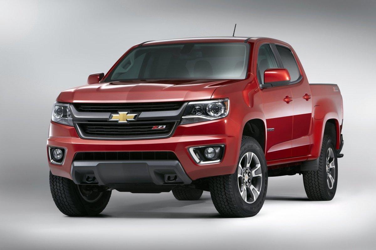2015,Chevrolet,Chevy,Colorado,midsize truck,fuel economy,mpg