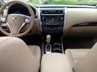 2014,Nissan,Altima,dash