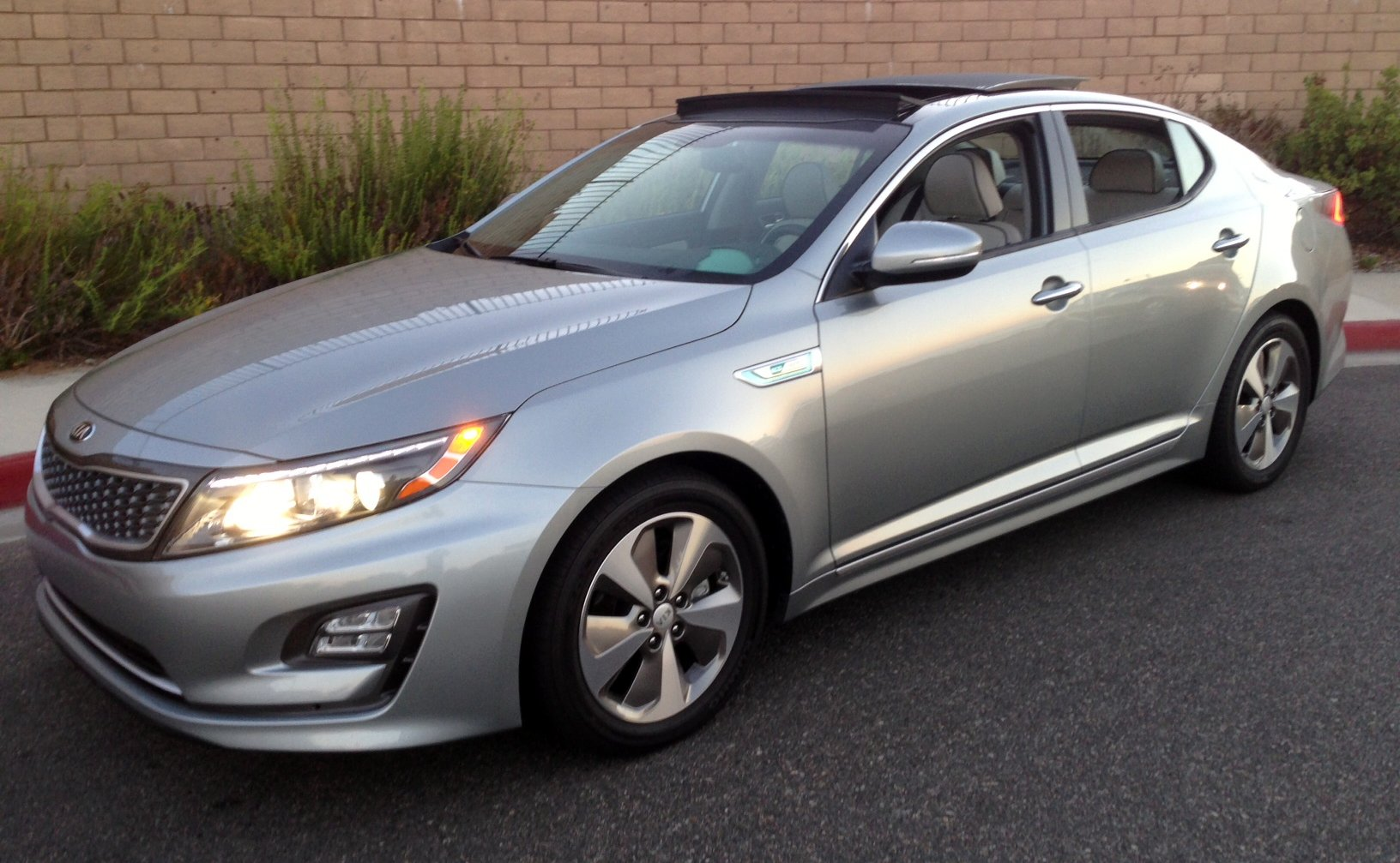 Awesome 2014,Kia Optima,hybrid,mpg,fuel Economy