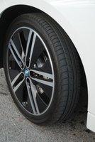 2014,BMW i3,tires,road handling