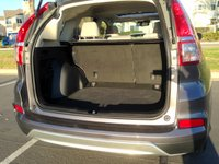 2015,Honda CR-V,storage space