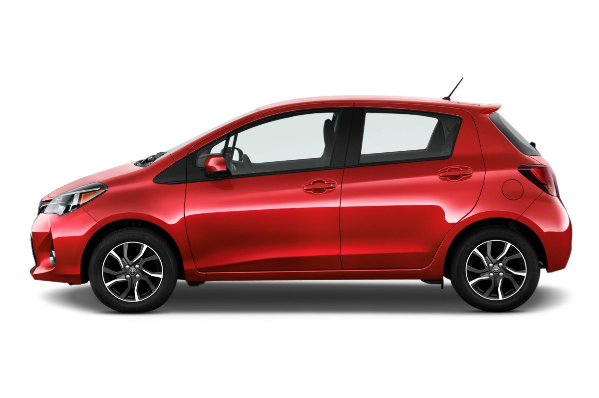 2015, Toyota Yaris,SE,5-door hatchback