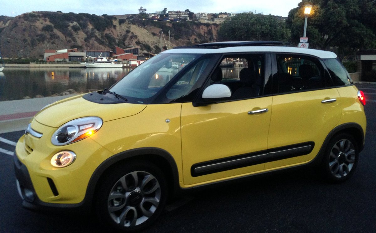 2015,Fiat,500L,Trekking,mpg
