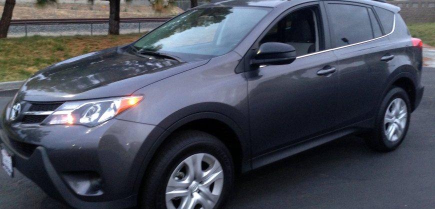 2015,Toyota RAV4,LE, MPG