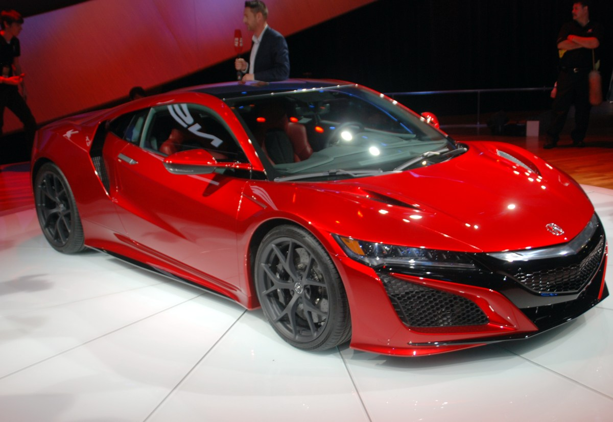 Acura,NSX,hybrid,sports car,performance,fuel economy