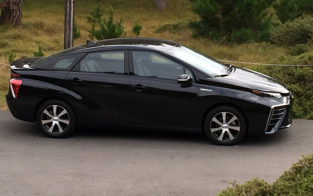 2016 Toyota Mirai Hits the Market—Seeks to Be the Prius of Fuel Cell Vehicles