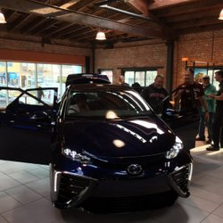 2016,Toyota Mirai,fuel cell,FCEV,electric vehicle,electric car,