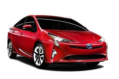 2016,toyota,prius,hybrid,fuel economy,mpg,styling,handling