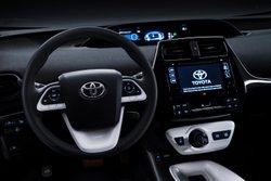 2016,Toyota,Prius,interior