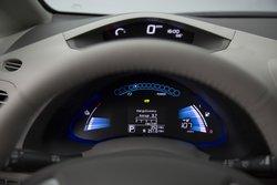 2016 Nissan,Leaf,infotainment,display