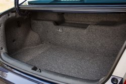 2015 Honda,Accord Hybrid,mpg,fuel economy,trunk space