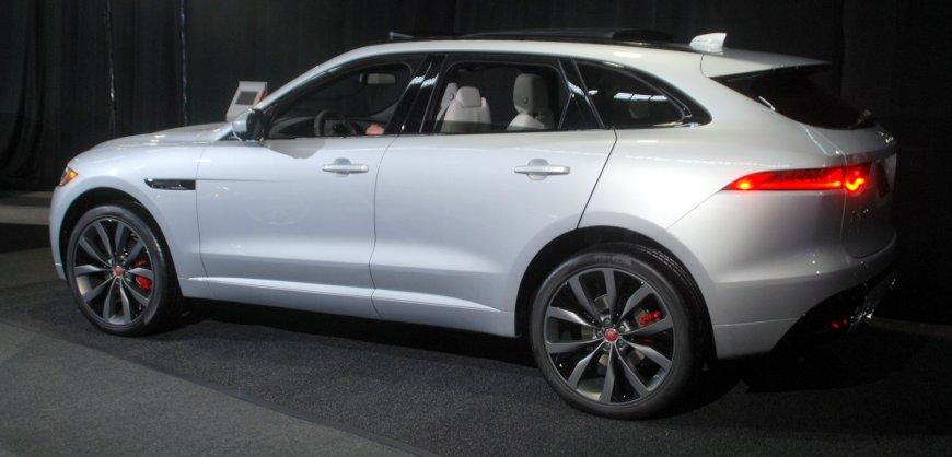 2017,Jaguar F-Pace,clean diesel,mpg,fuel economy,diesel