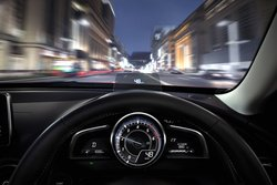 Mazda CX3 ,HUD, head up display