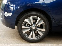 2016 Nissan Leaf, wheels, HOV lane sticker
