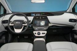 2016 Toyota Prius Liftback,interior,mpg, fuel economy