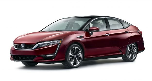 News: Honda Surprises with 80-Mile Range for Clarity EV