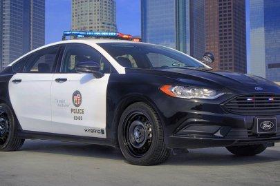 ord Hybrid Responder Sedan-LAPD_01
